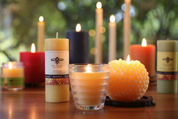 Natural Bee's Wax Candle Image